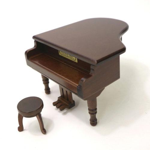 ミニアンティークグランドピアノ